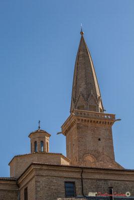 Clocher de l'église San Pedro, Olite, Navarre / Campanario de la Iglesia de San Pedro, Olite, Navarra