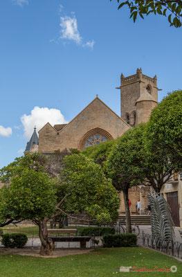 Plaza de los Teobaldos y Iglesia de Santa María de Olite, Navarra