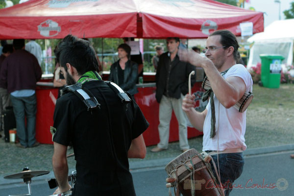 Animation de rue avec la Fanfare Manguidem Taftaf, Festival JAZZ360 2011, Cénac. 04/06/2011