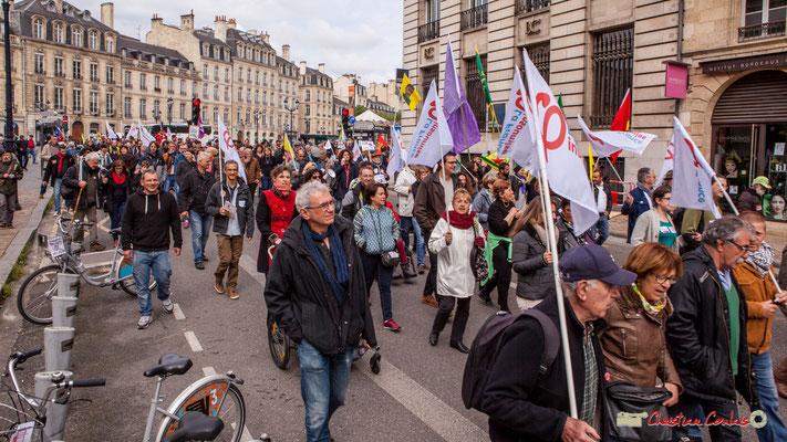 11h21 La France insoumise est une force politique très présente à cette manifestation du 1er mai 2018. Rue Esprit des Lois, Bordeaux. 01/05/2018