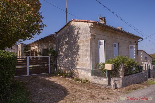 4 Habitat vernaculaire. Avenue de Moutille, Cénac, Gironde. 16/11/2017