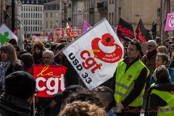 """14h29, CGT-USD 33 """"santé et action sociale"""". Place Gambetta"""