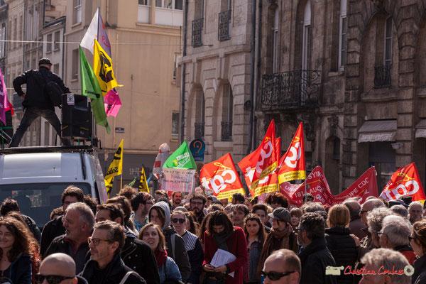14h44 Manifestation intersyndicale de la Fonction publique/cheminots/retraités/étudiants, place Gambetta, Bordeaux. 22/03/2018