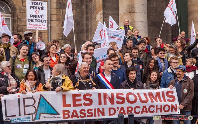 """10h12 """"Soutenons les services publics"""" La France insoumise, militants, militantes de Gironde. Place de la République, Bordeaux. 01/05/2018"""