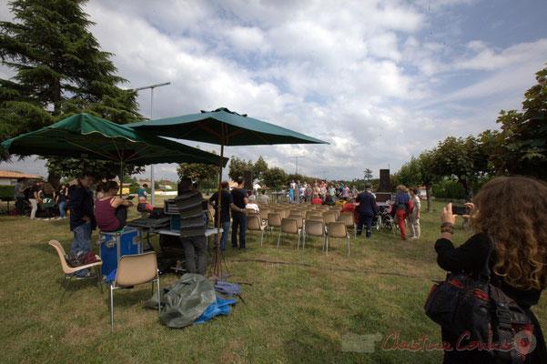 Le public s'installe, c'est partit pour un concert Jazz. Festival JAZZ360, Cénac, 12/06/2015