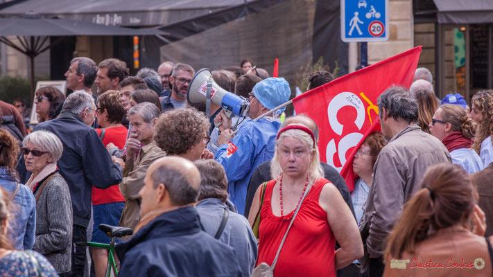 Personnel médical C.G.T. du Centre Hospitalier de Garderose, Libourne. Manifestation intersyndicale de la Fonction publique, place Gambetta, Bordeaux. 10/10/2017