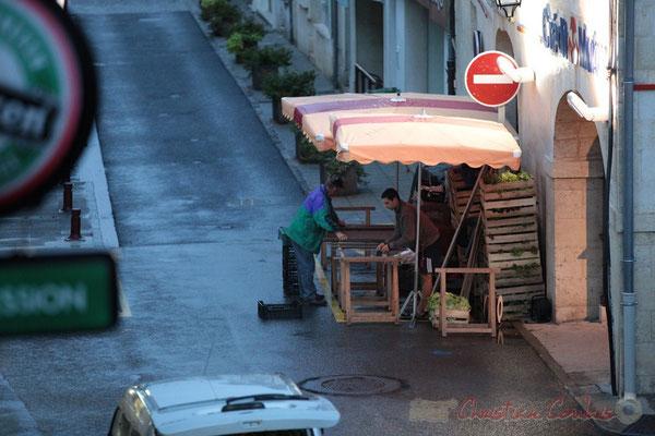 Installation d'un producteur de légumes, Marché de Créon, Gironde