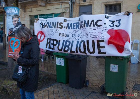 """""""Insoumis Mérignac 33 pour la 6ème République"""" Manifestation du 1er mai 2017, avec la France Insoumise, cours d'Albret, Bordeaux"""