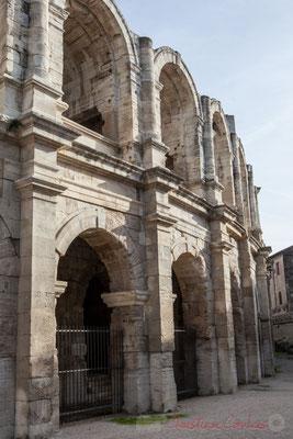 1 Détail, arènes d'Arles