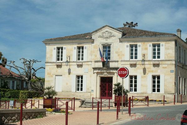 Avenue de la Libération, Mairie de Latresne
