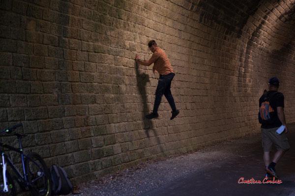 """""""Spiderman 3"""", tunnel ferroviaire de la Sauve. Festival Ouvre la voix, piste cyclable Roger Lapébie, samedi 4 septembre 2021. Photographie © Christian Coulais"""