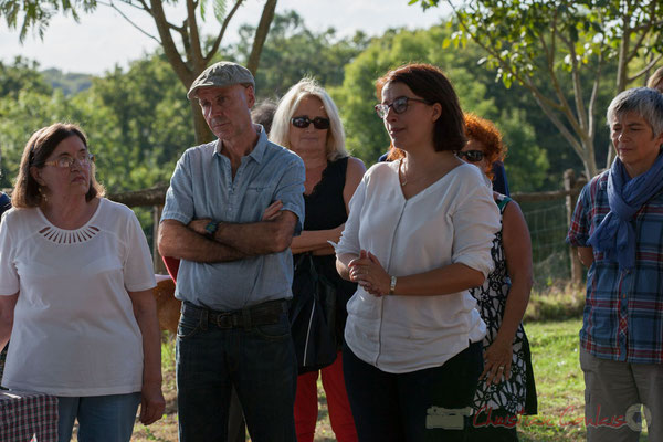 Cécile Duflot apporte son soutien à la cause défendue par les élus et les riverains pour la mise aux normes de la Distillerie Douence