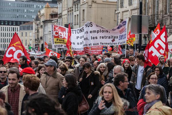 """14h30, CGT-Ford Blanquefort """"Luttons tous ensemble, pour les emplois, les salaires, les retraites, STOP aux licenciements, et aux fermetures d'usines..."""""""