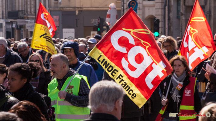 14h25 CGT Linde France. Manifestation intersyndicale de la Fonction publique/cheminots/retraités/étudiants, place Gambetta, Bordeaux. 22/03/2018