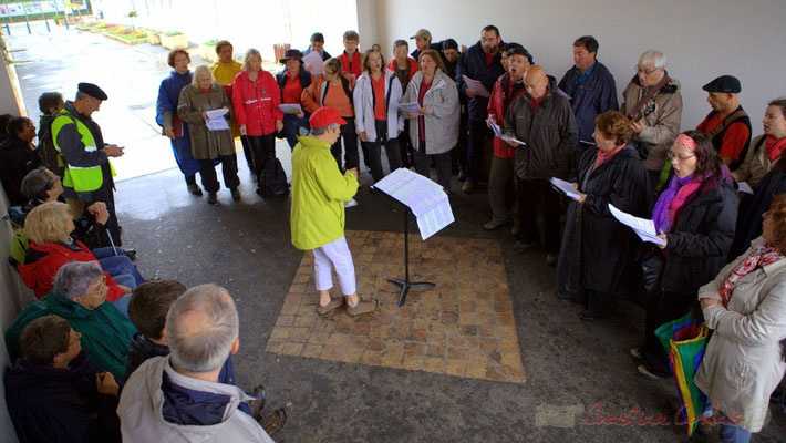 Chant à Camblanes-et-Meynac; Randonnée jazzy avec les Choraleurs. Festival JAZZ360 2012, dimanche 10 juin 2012