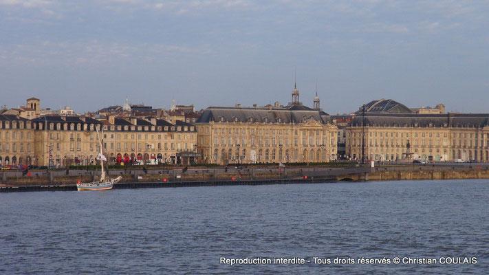 Le port de la Lune, les quais du Maréchal Lyautey et de la Douane. Bordeaux, samedi 16 mars 2013
