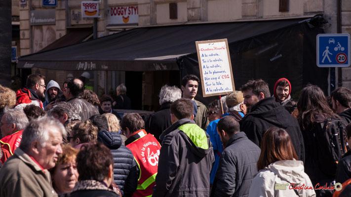 """14h30 """"Chantons alouette, à la retraite, toi à la retraite, à la retraite je te plumerai, d'un coup de CSG sur la tête, à la retraite, etc."""" Manifestation intersyndicale de la Fonction publique/cheminots/retraités/étudiants, Bordeaux. 22/03/2018"""