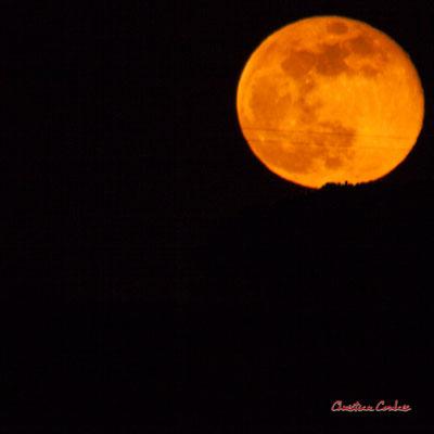 Super lune. Mercredi 8 avril 2020, 21h33mn28s. Cénac, Gironde, France.