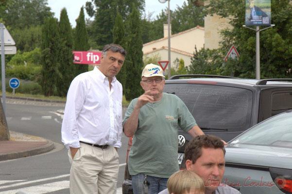 A gauche, Francis Delcros, Maire de Latresne. Festival JAZZ360 2012, avenue de la République, Cénac, 09/06/2012