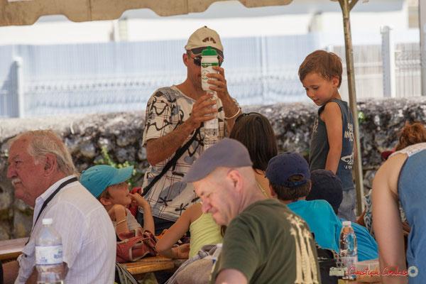 """""""Comment occuper les enfants, en attendant le déjeuner"""" Festival JAZZ360, Quinsac, 11/06/2017"""