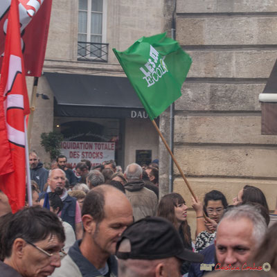 """""""Les jeunes écologistes"""" Manifestation contre la réforme du code du travail. Place Gambetta, Bordeaux, 12/09/2017"""