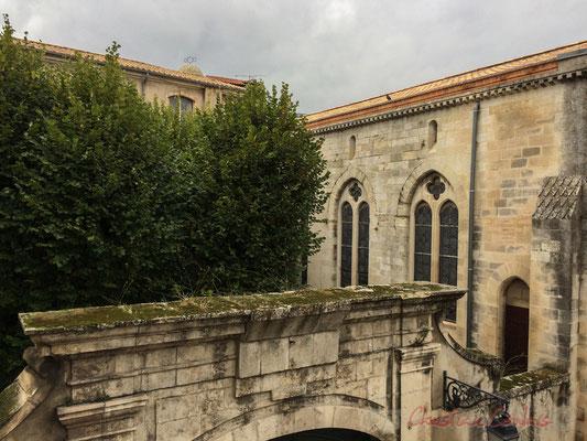 Vue depuis l'une des terrasses de la Fondation Vincent van Gogh, l'école privée Saint-Vincent-de-Paul, Arles