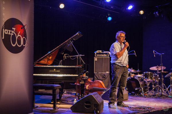 Richard Raducanu, Président de JAZZ360 présente Misc, groupe québécois. Festival JAZZ360 2016, Cénac, 11/06/2016