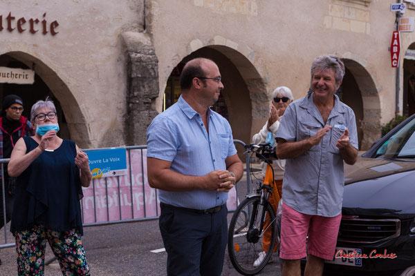 Christophe Miqueu, maire de Sauveterre-de-Guyenne. Départ collectif à vélo de la place de la République à Sauveterre-de-Guyenne. Ouvre la voix, samedi 4 septembre 2021. Photographie © Christian Coulais