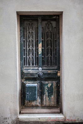 24 Porte simple, Arles