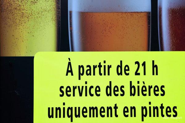 19 nuances de jaune. Bordeaux, samedi 5 décembre 2020. Photographie © Gaël Moingnot
