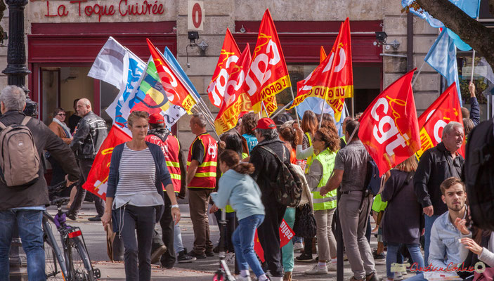 C.G.T. Manifestation intersyndicale de la Fonction publique, place Gambetta, Bordeaux. 10/10/2017