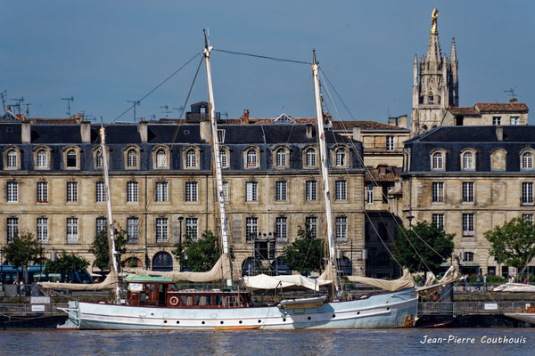 Bordeaux fête le fleuve par Jean-Pierre Couthouis. Bordeaux, samedi 22 juin 2019