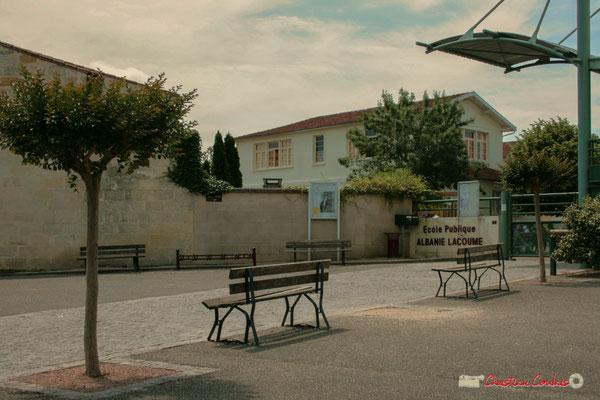 Place Camille Gourdon, futur emplacement de l'Arbre de la Laïcité, Créon