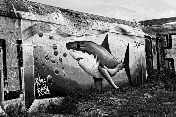 Bunkers d'une batterie de côte allemande du mur de l'Atlantique, Soulac-sur-Mer. Samedi 3 juillet 2021. Photographie © Jean-Pierre Couthouis