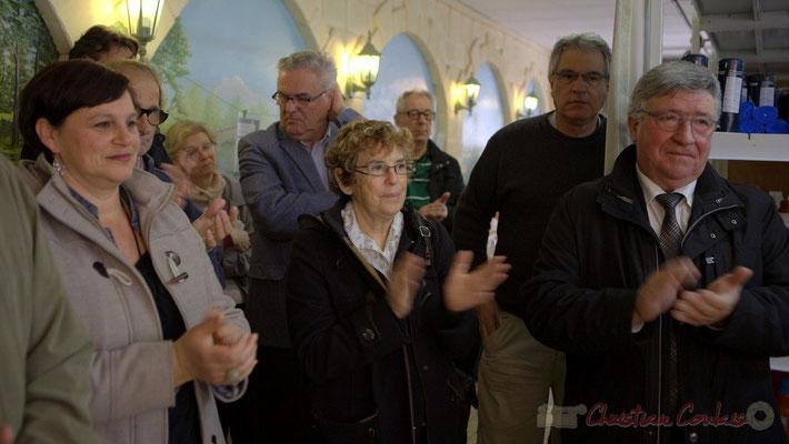 En présence du Maire de Créon, Pierre Gachet (à droite en retrait). Epicerie solidaire, l'Annexe de la Cabane, 38, rue Amaury de Craon à Créon