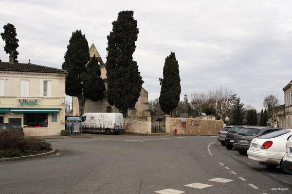 La place du bourg par Gaël Moignot. Cénac d'aujourd'hui. 13/01/2018