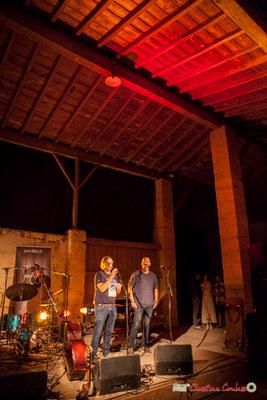 Le concert de Laure Sanchez Quintet se déroule dans la grange, avec une excellente sonorité. Domaine de Sentout, Lignan-de-Bordeaux, 07/09/2018