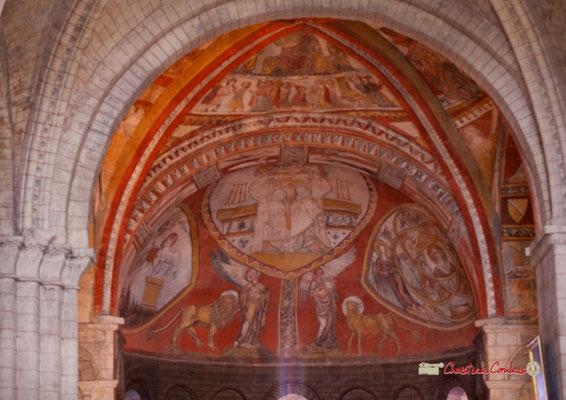 Peintures médiévales de l'église Saint-Sauveur, village fortifié de Saint-Macaire. 28/09/2019. Photographie © Christian Coulais
