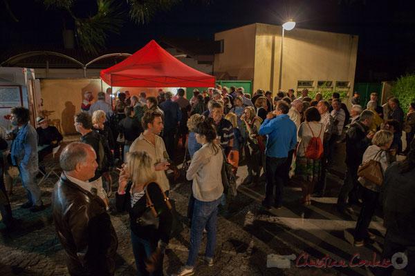Entracte entre les concerts de Misc et Géraldine Laurent, pour le changement de plateau. Festival JAZZ360 2016, Cénac