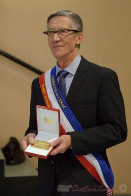 Gérard Pointet, Maire honoraire et sa médaille de l'Assemblée nationale. Honorariat des anciens Maires de Cénac, vendredi 3 avril 2015
