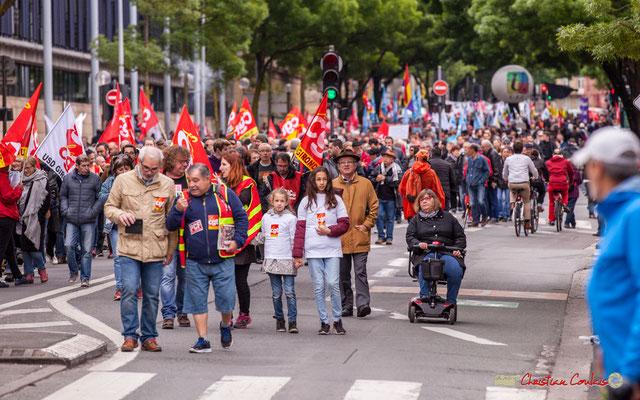 """10h28 Valides, handicapés, jeunes et vieux; """"Tous ensemble, tous ensemble !"""""""