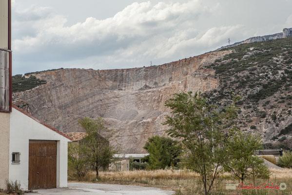 Extraction minière à ciel ouvert tout proche des gorges de Lumbier. Liédena, Navarra