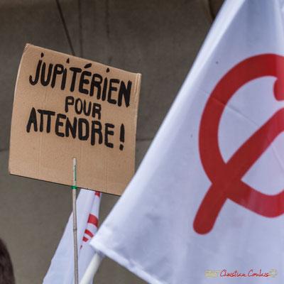 """""""Jupitérien pour attendre"""" Manifestation contre la réforme du code du travail. Rue Georges Bonnac, Bordeaux, 12/09/2017"""