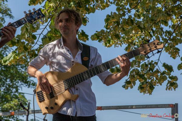 Jean-Marie Morin, bassiste; Tom Ibarra Group. Festival JAZZ360, 10 juin 2017, Camblanes-et-Meynac
