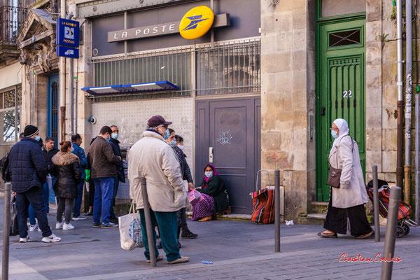 """""""Distribu-Cœur"""" Marché Saint-Michel, Bordeaux. Samedi 6 mars 2021. Photographie © Christian Coulais"""