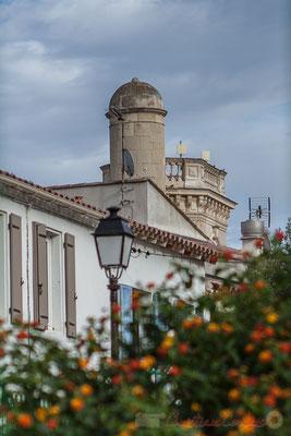 Le Musée du Marquis Folco de Baroncelli-Javon (1869-1943), était installé dans l'ancien Hôtel de Ville des Saintes-Maries-de-la-Mer, prétoire de justice et de paix, construit en 1876 par l'architecte arlésien Véran