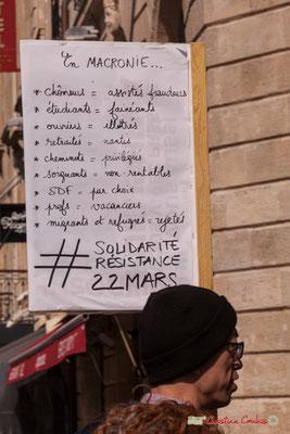 """15h14 """"En Macronie, chômeurs=assistés fraudeurs; étudiants=fainéants; ouvriers=illettrés; retraités=nantis; cheminots=privilégiées; soignants= non-rentables; SDF=par choix; profs=vacanciers; migrants et réfugiés=rejetés. #SolidaritéRésistance22mars"""