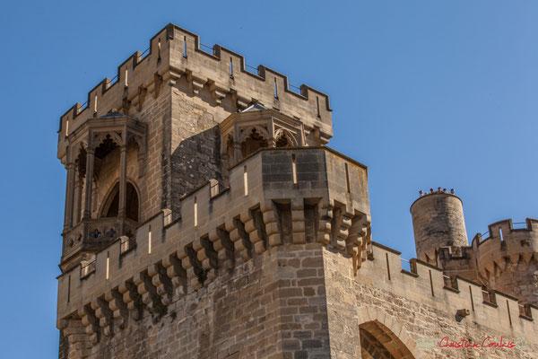 Détail architectural du palais royal depuis l'extérieur de la ville, Olite, Navarre / Detalle arquitectónico del palacio real desde el exterior de la ciudad, Olite, Navarra