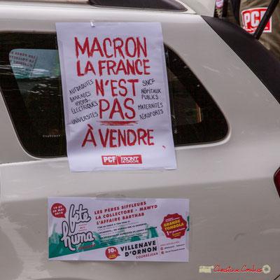 """10h58 PCF/Front de Gauche """"Macron la France n'est pas à vendre"""" """"Fête de l'Huma, Villenave d'Ornon, les 19 et 20 mai 2018"""" Place Gambetta, Bordeaux. 01/05/2018"""