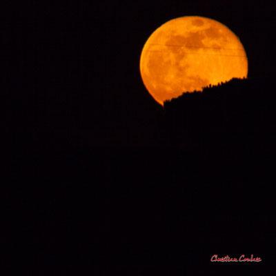 Super lune. Mercredi 8 avril 2020, 21h32mn17s. Cénac, Gironde, France.